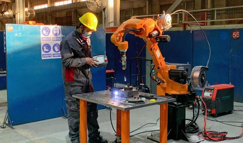 Welding robot series SF6-C1440