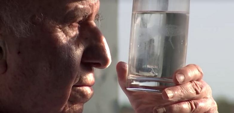 This 82-year-old Spanish inventor is extracting drinking water from thin air